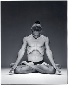 Petri Raisanen in Padmasana with Uddiyana Bandha Sitting Meditation, Yoga 1, Ashtanga Yoga, Yoga For Men, Men Looks, Asana, Yoga Inspiration, Pilates, Photos