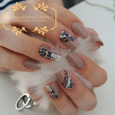570 Me gusta, 12 comentarios - Alessandra Camilo SC (@alescamilo_) en Instagram Bling Nails, Glitter Nails, How To Make Hair, Make Up, Finger, Celebrity Nails, Nail Arts, Trendy Nails, Coffin Nails