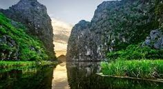 "Tam Coc – Bich Dong - ""South second nicest grotto"""