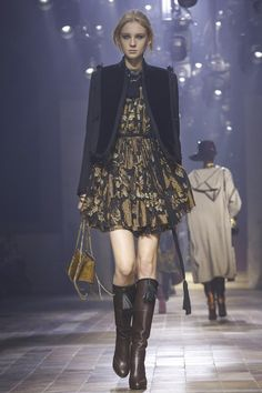 Lanvin Fall 2015 RTW Runway - Paris Fashion Week
