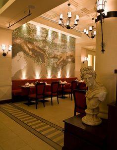 Luxury Restaurant Interior Design Ideas Providing Some Inspirations : Beautiful Restourant Interior Decorating With Dramatic Lighting And Mediterranean Bust Exotic Wall Art Design Bistro Romain