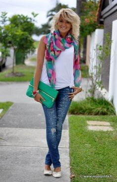 Such a cute spring outfit! Love the colorful scarf & bag Cute Spring Outfits, Trendy Outfits, Cute Outfits, Womens Clothing Stores, Clothes For Women, For Elise, Fashion Brand, Womens Fashion, Mein Style