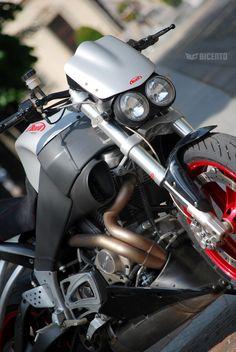 Afbeeldingsresultaat voor buell xb 12 s circuit bike Custom Cafe Racer, Cafe Racer Bikes, Street Fighter Motorcycle, Motorcycle Gear, Harley Davidson Buell, Buell Motorcycles, American Motorcycles, Moto Bike, Biker T Shirts