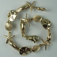 Antique Bracelets and Vintage Bracelets Antique Bracelets, Antique Jewelry, Gold Jewelry, Vintage Jewelry, Beaded Bracelets, Vintage Bracelet, Charm Bracelets, Art Deco Ring, Vintage Italian