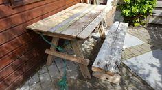 Tafel en bank van aangespoeld drijfhout.  #handmade #wood