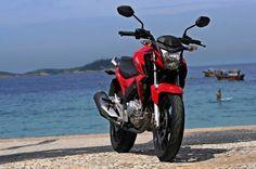 Teste: Honda Twister 250 cc - Evolução no espelho