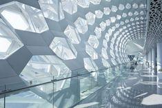 23 The Amazing Airport Architecture - vintagetopia Timber Architecture, Vintage Architecture, Futuristic Architecture, Architecture Details, Amazing Architecture, Archi Images, Shopping Mall Interior, Airport Design, Futuristic Design