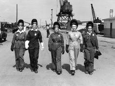 Alabama dry dock ship builders. again women welders in the 1940's
