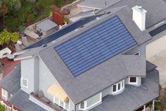 Solar Shingles For Modern Sustainable Roofing – Solar Power Facts Solar Energy Panels, Best Solar Panels, Solar Panel System, Panel Systems, Solar Power Facts, Solar Energy Information, Solar Shingles, Solar Energy For Home, Solar Roof Tiles