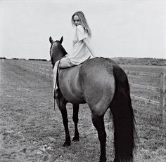 "Stella McCartney's Country Home Hideaway -  ""McCartney on her horse Flo Jo"" - Vogue (Bruce Weber)"