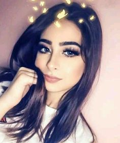 Stylish Girl Pic, Cute Girl Photo, Alexa Mareka, Profile Picture For Girls, Profile Photo, Arab Wedding, Fake Girls, Girly Pictures, Instagram And Snapchat