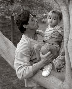 SYLVESTER STALLONE THIS IS THE MOST ADORABLE THING I HAVE EVER SEEN IN MY DAMN LIFE