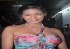 Poonam Pandey to sue Hollywood actress  http://www.tollywood.net/TopStories/MovieStory/7341/Poonam+pandey+to+sue+hollywood+actress.htm