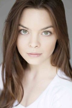 Scarlett Byrne, aka: Pansy Parkinson is joining us this year for several Q&A panels!