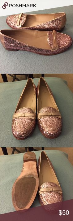 ⭐️PRICE DROP⭐️Kate Spade Pink Glitter Flats Kate Spade Pink Glitter Flats in 11AA. These sparkly flats have been worn twice. Large glitter and a rose gold leather bow/piping. The flats will make a statement with any outfit.  Glitter covered upper Metallic leather trim and bow Leather lining Leather sole with rubber stamps Imported kate spade Shoes Flats & Loafers