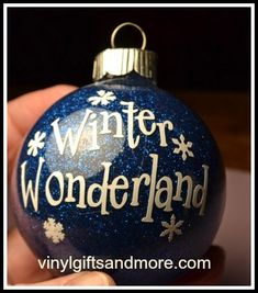 How to add glitter and paint glass ornaments., DIY and Crafts, How to add glitter and paint glass ornaments. Vinyl Ornaments, Clear Ornaments, Ornaments Design, Diy Christmas Ornaments, Glitter Ornaments, Handmade Ornaments, Cricut Ornament, Christmas Decorations, Ornaments Ideas