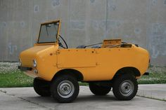 The Ferves Ranger. An Italian micro with a Fiat 500 motor. Rumored to be favored by Minions. Fiat 500, Microcar, Van 4x4, Automobile, American Graffiti, Weird Cars, Pedal Cars, Cars Auto, Sweet Cars