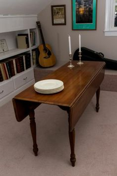 Drop Leaf Harvest Dining Table