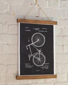 easy poster frame - https://www.skillshare.com/videos/Inexpensive-Wooden-Poster-Frame/39?utm_source=Facebook&utm_medium=video&utm_campaign=2016-02-23-video-diy-magnet-poster-frame