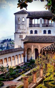 Andalusia, Spain, Mansions, House Styles, City, Instagram Posts, Wonders Of The World, Pictures, Manor Houses