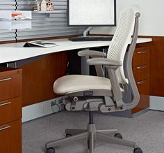 EXECUTIVE CHAIRS- Celle - Office Chair - Herman Miller