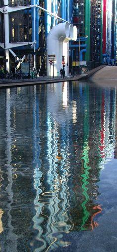 ©Vincent Brun Hannay Centre Pompidou Georges Pompidou, Have A Nice Trip, Centre Pompidou, Renzo Piano, Paris Love, Architect House, Paris Travel, Light Colors, Photo Art