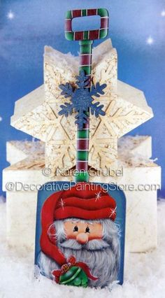 This is a wooden hp shovel. It measures 4 x 11 x It was published in Paint Works Christmas issue. It is my design and is copyrighted. Christmas Projects, Holiday Crafts, Christmas Crafts, Christmas Ornaments, Arte Country, Pintura Country, Snowman Decorations, Christmas Decorations, Christmas Drawing