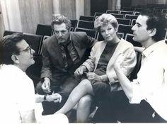 """...E ricordiamo anche il 21 anno della scomparsa di Massimo Troisi.  Marina Vlady, Massimo Troisi, Marcello Mastroianni ed Enrico Lucherini per """"Splendor"""", regia di Ettore Scola, anno 1989."""