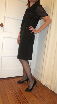 After Hours: Sleeveless black sheath with spray of sequins. Cover up for aging arms: Sheer shawl with sequin trim. New Outfits, Stylish Outfits, After Hours, Well Dressed, New Day, Shawl, Cover Up, Arms, Sequins