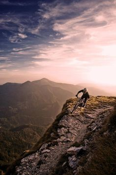 Video MTB and BMX http://sulia.com/my_thoughts/d9f59254-56b6-455b-be9a-285e7f86cf4e/?source=pin&action=share&btn=small&form_factor=desktop&pinner=125850823