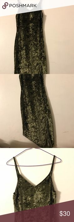 crushed velvet dress size small COMES WITH ATTACHED CHOKER CRUSHED VELVET MATERIAL  HAS SLIT AT THE BOTTOM Mango Usa Dresses