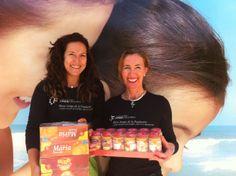 Aportando 192 potitos, 50 cajas de galletas y cereales infantiles a RED MADRE para ayudar a madres y a sus bebés.