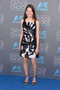 Pin for Later: Die Stars feiern weiter bei den Critics' Choice Movie Awards! Mackenzie Foy