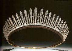 Princess Mary, the Princess Royal, Countess of Harewood's fringe tiara, which may be used as a necklace. Much of the countess's jewel collection was auctioned after her death in this tiara finding its way to the collection of the duke of Westminster. Royal Crowns, Royal Tiaras, Crown Royal, Tiaras And Crowns, Crown Princess Victoria, Princess Mary, Queen Mary, Queen Victoria, Queen Silvia