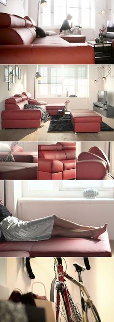 Die edle Polsterecke von Sit & More zaubert sofort eine angenehme Gemütlichkeit und eine luxuriöse Atmosphäre in jedes Wohnkonzept. Dabei könnt ihr aus verschiedenen Farben von zeitlosem Weiß bis hin zu knalligem Rot wählen. Praktisch: Die Couch verfügt über verstellbare Rückenlehnen und ist außerdem mit einer integrierten Bettfunktion sowie in 4 hochwertigen Bezugsqualitäten erhältlich.