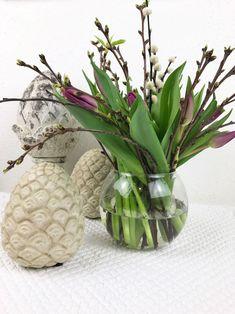 Tulpen und Weidekätzchen