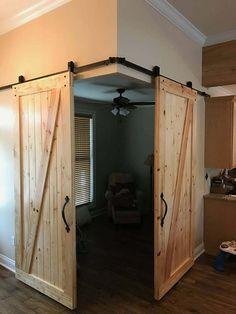 cool barn door closet ideas you can diy 43 ~ Comfortable Home Wood Barn Door, Wood Doors, Farm Door, Casa Petra, Barn Door Closet, Rustic Closet, Barn Door Designs, Rustic Wood Furniture, Antique Furniture