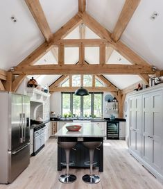 Border Oak - Single Storey kitchen with feature oak framing. Barn Kitchen, Living Room Kitchen, Home Decor Kitchen, Country Kitchen, Kitchen Interior, Home Kitchens, Cottage Extension, House Extension Design, Barn Conversion Interiors