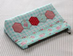 Hexies and zippered pouches, perfect!