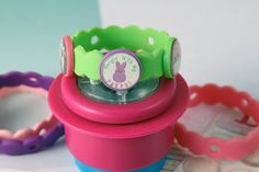 Create an Easter Crafty Bands Bracelet with FREE Printables on our blog. www.craftybands.com #easter #craftybands #kidscrafts #bracelet #charm