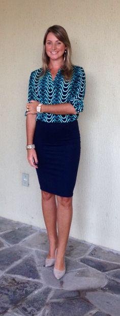 Look de trabalho - Look do dia - moda corporativa - saia lápis - azul -
