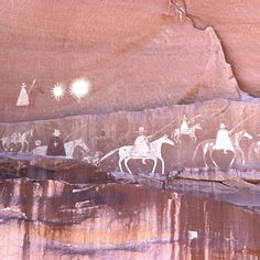Post-contact Navajo pictograph of the Spanish Narbona Expedition. Ancient Aliens, Ancient History, Art Rupestre, Cave Drawings, Native American History, Ancient Civilizations, Indian Art, Rock Art, Crop Circles