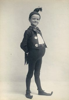 George Sackett Mason, Only child of Minnie Sackett and photographer Charles O Mason. In a munchkin or elf costume, 1906