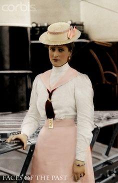 Alexandra Fyodorovna Romanova (1872-1918), last Empress of Russia.