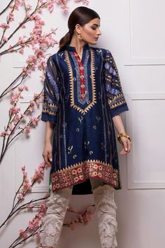 "The pull between these opposing notions is at the heart of ""Annus Abrar"" as a brand. While, the name Annus Abrar is bursting with oomph. Besides, promising to broaden and deepen your involvement with contemporary way of luxury. Simple Pakistani Dresses, Pakistani Dresses Online, Pakistani Outfits, Pakistani Clothing, Indian Dresses, Kurta Style, Abaya Style, Tunics For Sale, Stylish Dresses"