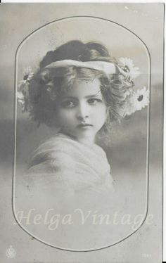 Vintage German NPG tinted photo-postcard beautiful little girl 1912 Vintage Photographs, Vintage Photos, Gypsy Girls, Little Girl Photos, Beautiful Little Girls, Girls Hand, Dance Class, Photo Postcards, Vintage Children