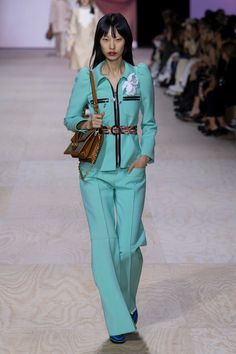 2020 Fashion Trends, Spring Fashion Trends, Fashion Week, Fashion 2020, Womens Fashion, Suits For Women, Women Wear, Turquoise Clothes, Corporate Wear