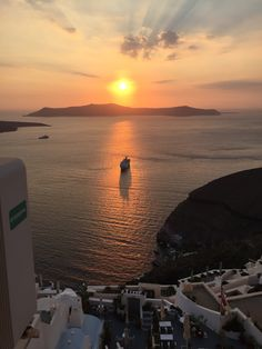 Santorini Greece                                                                                                                                                                                 Mais