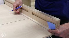 Home Shop Projects Jigs How To Make A Table Saw Sled (FREE Plans) How To Make A Table Saw Sled (FREE Plans) By Brad Rodriguez Today I'm going to show you how to make a table saw sled for your shop. Table Saw Workbench, Table Saw Jigs, Diy Table Saw, Make A Table, Carpentry Projects, Beginner Woodworking Projects, Woodworking Jigs, Table Saw Crosscut Sled, Table Saw Sled