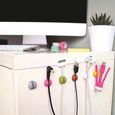 Sugru, in short, is taking the world by storm. This wonder product can be used to make repairs around the house and can be used to create things as well. Pot Lid Organization, Lid Organizer, Cable Organizer, Office Organization, Sugru Glue, Sugru Mouldable Glue, Bathroom Repair, Pantry Room, Gadgets
